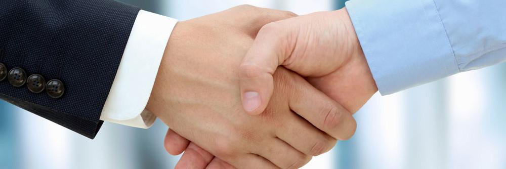 Hände schuetteln Rechtsberatung Unternehmensnachfolge Beratung Wirtschaftskanzlei MTG Bayern