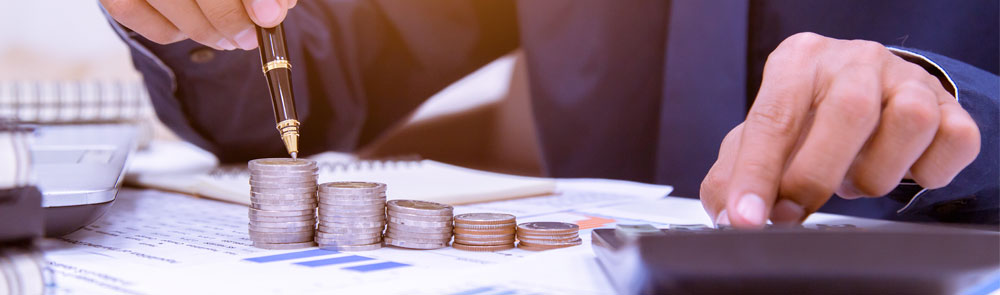 Geld zählen Zahlen Lohnbuchhaltung Beratung Wirtschaftskanzlei MTG Bayern